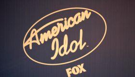 American Idol 2 Finals - Press Room