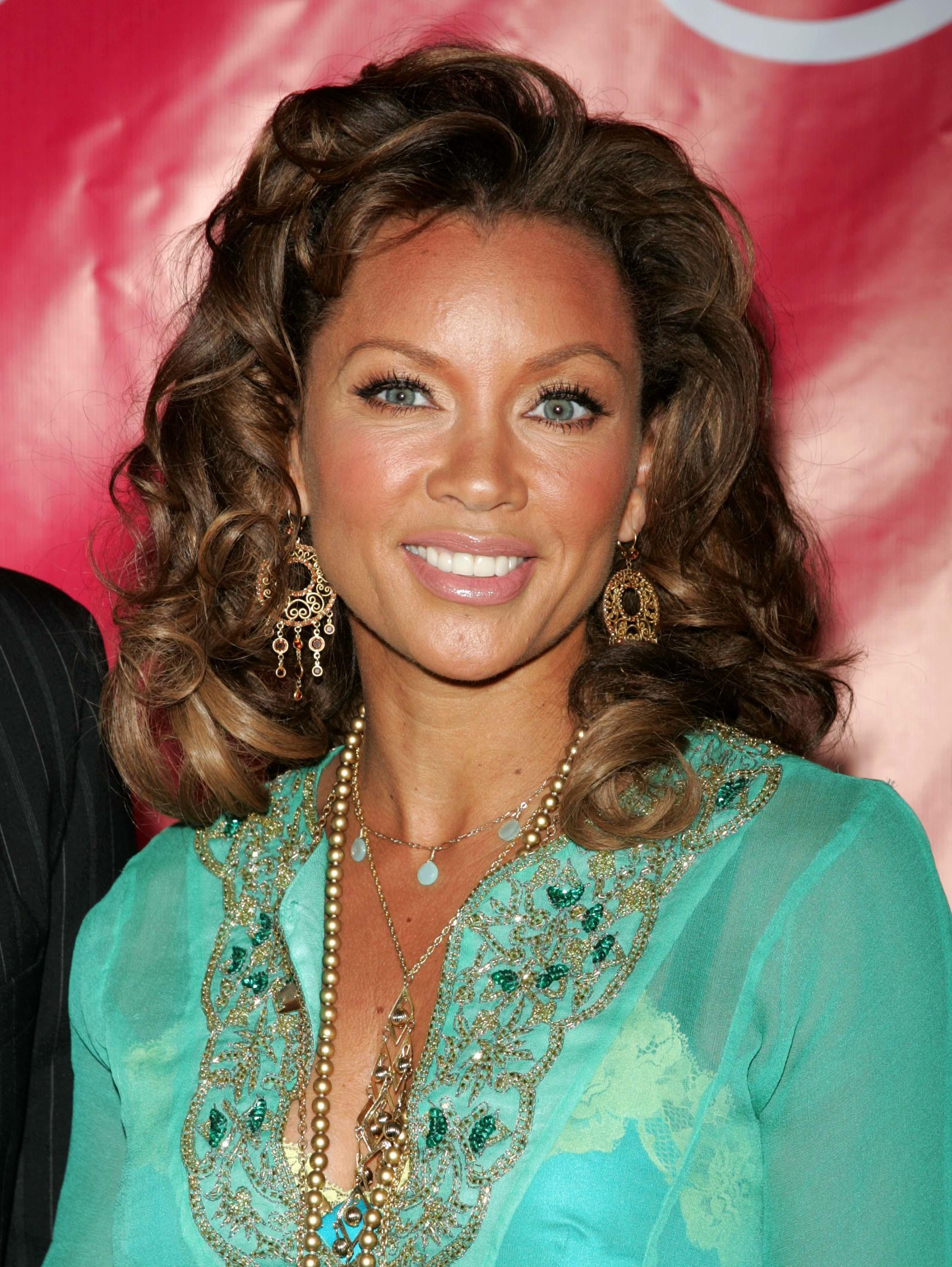 Vanessa Williams Returns To Miss America Pageant After